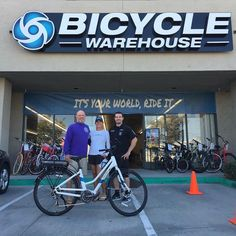 Judy P. is ready to ride all around San Diego on her new Raleigh electric bike. Mitch got her fully equipped at our Kearny Mesa location. Get out and enjoy this amazing weather :) #EBikeHeadquarters #Fitness #Freedom #Fun #pacificbeach