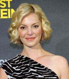 Katherine Heigls blonde bob