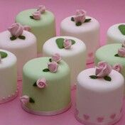 Pastel green and pink mini cakes