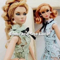 Grown-up, ladylike and sophisticated... Lace dress for VIP parties. A showstopper effect guaranteed. Long tail dress made of delicate lace withsatin bow andpearl button detail. Exclusive fashion for integrity toys poppy parker, fashion royalty, nuface, barbie and silkstone 12 inch doll