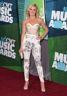 Gone Country - Best and Worst Dressed at the 2015 CMT Music Awards- StyleBistro