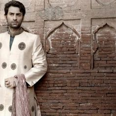 Men Groom Dresses 2014 and Men Sherwani Designs. #kameezdesigns, ,# pakistanigroom ,#sherwanidesigns, #sherwani2014, #designersherwani