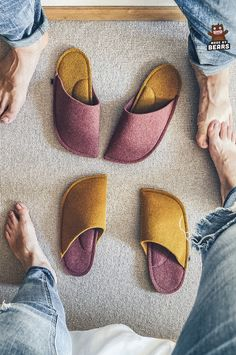 Unique slippers - housewarming gift idea for new home owner. Colorful home decor. #housewarmingidea #housewarminggift #housewarmingparty #slippers #newhomeownersgift #newhome Yellow Slippers, Women's Slippers, Felted Slippers, Christmas Gifts For Coworkers, Unique Christmas Gifts, Gifts For Mom, Fashion Slippers, Burgundy Wedding, Parent Gifts