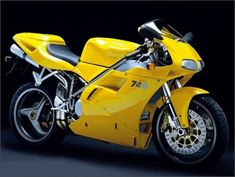 The 2000 MY Ducati 996 Monoposta, unlike its Biposta sibling, has been equipped with a single seat, for those riders who want to enjo. Ducati 996, Ducati Superbike, Ducati Motorcycles, Ducati Models, Super Pictures, Bike Photo, Super Bikes, Street Bikes, S Pic