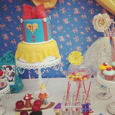 Snow White Birthday Party Ideas | Photo 11 of 36
