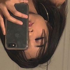 g e o r g i a n a aesthetic photography Beige Aesthetic, Bad Girl Aesthetic, Aesthetic Makeup, Korean Aesthetic, Aesthetic People, Aesthetic Grunge, Fotografia Retro, Flipagram Instagram, Foto Face