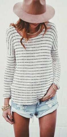 The Oxford Trunk White And Black Stripe Relaxed Fit Long Sleeve Tee-shirt