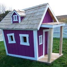 Kids Crooked House - Deluxe Playhouse
