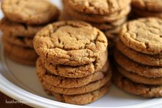 The best ever Gingersnap Cookies Baking Recipes, Cookie Recipes, Dessert Recipes, Christmas Desserts, Christmas Baking, Choclate Chip Cookies, Yummy Treats, Yummy Food, Ginger Snap Cookies