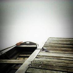 #mummelsee #blackforest #tourist #sunnyday #lake #romance #cold #kalt #sauwetter #karlsruhetweets #karlsruhe #igerskarlsruhe #instakarlsruhe #huaweip8lite #huawei #cloudy #autumn #frosty #boat #boateng #spooky #halloween #gruselig #fog #mist