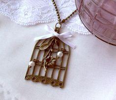 Collar sakura birdcage / VoloVán - Artesanio
