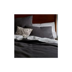 West Elm Organic Matelasse Duvet Cover, Full/Queen, Moonstone ($120) ❤ liked on Polyvore featuring home, bed & bath, bedding, duvet covers, blue, west elm bedding, blue pillow shams, blue bedding, blue shams and west elm