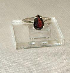 Garnet sterling ringGarnet Fashion by SallysJewelsandgems on Etsy