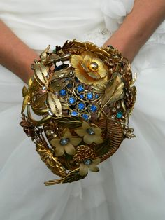 Gold tone Brooch Bouquet