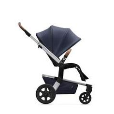 The compact, lightweight pushchair that folds down to the smallest dimensions; the Joolz Hub is the perfect city solution. Urban Stroller, Urban Beauty, Travel System, Comfortable Flats, Baby Store, Babysitting, Baby Strollers, Baby Car Seats