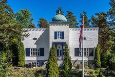 FINN – NORDSTRAND / LJAN - HERSKAPELIG EIENDOM - 2 MÅLS TOMT - FANTASTISK UTSIKT Old Houses, Live Life, Real Estate, Mansions, House Styles, Villa, Home, Old Homes, Mansion Houses