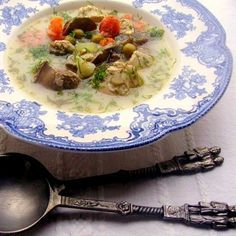 Legényfogó leves Meat, Chicken, Soups, Food, Beef, Meal, Essen, Hoods, Soup