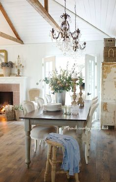 Modern French Country, French Country Kitchens, French Country Living Room, French Country Cottage, Country Farmhouse Decor, French Country Decorating, Country Cottages, French Farmhouse, Rustic Cottage Decorating