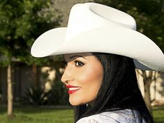 Check+out+Claudia+Arias+on+ReverbNation