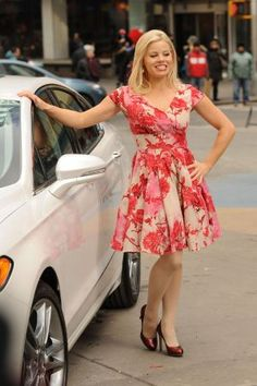 Love this dress on her!!!! Megan Hilty