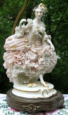 Antique German Volkstedt Dresden Lace Porcelain Lady Figurine Lamp