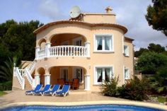 villa house for sale pool