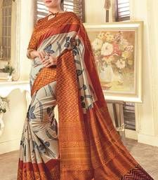Sarees (साड़ी): Buy Indian designer saree online from Mirraw. We offer exclusive sari collections especially for all festive occasion including low cost shipping for USA, UK Indian Designer Sarees, Indian Sarees Online, Designer Sarees Online, Ethnic Sarees, Silk Sarees, Sari Design, Orange Saree, Fancy Sarees, Fabric
