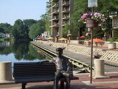 Bronze Bob at Lake Anne