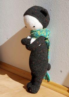 BINA the bear made by Anne K. / crochet pattern by lalylala