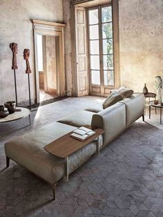 Classic Contemporary Furniture Living Spaces Ideas For 2019 Style At Home, Architecture Design, Living Spaces, Living Room, Living Furniture, Luxury Furniture, Home Fashion, Home And Living, Interior Inspiration