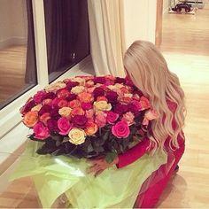 Image via We Heart It https://weheartit.com/entry/164366915/via/27591709 #blonde #rose