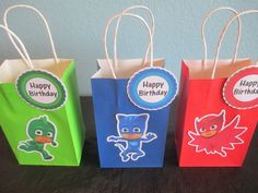 PJ Masks goody bags, each goody bag is customized with high quality textured card stock paper and using an excellent quality paper bag in vivid colors that match each character, Tags Included. Size bags are 81/2H x 51/4W x 3D If you have any questions please contact me. CUSTOM ORDERS ARE WELCOME! Thanks for looking