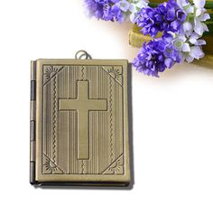 European style rectangular-sided (cross) pattern with box accessories wholesale 30 * 28mm $112.51