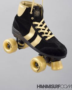 Découvrez nos rollers Quad @rookieskates sur www.hawaiisurf.com  #hawaiisurf #roller #rollerquad #patin #rookie #rookieskates #skates #quad #tbt #shop #paris #new #studio #packshot #stilllife