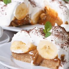 The Best Banoffee Pie You'll Ever Make. This is a pudding that is difficult to resist. Loved by the whole family, this recipe for Banoffee Pie is easy to make and takes no time at all. Banoffee Cheesecake, Cheesecake Recipes, Cookie Recipes, Dessert Recipes, Italian Butter Cookies, Butter Cookies Recipe, White Sauce Recipes, Wine Recipes, Easy Desserts