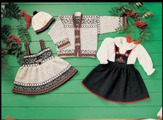 Bilderesultat for 17 mai baby strikk Boho Shorts, Knit Crochet, Norway, Costumes, Knitting, Crocheting, Scandinavian, Vintage, Women