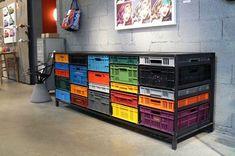 Convierte esas cajas de fruta en un mueble genial #decoracion #desing #reciclaje #cajas