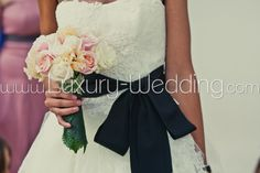 Bride's bouquet - Cream and Pink roses