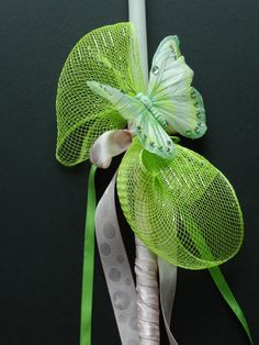 This is a 17 white candle decorated with green mesh and a big green butterfly. The color combination of green and light pink makes this Easter candle to stand out Easter Candle, Orthodox Easter, Easter Crafts, Easter Ideas, Easter 2015, Greek Easter, Easter Season, Palm Sunday, Green Butterfly