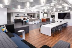NELSON realized the sustainable design for their newly relocated offices in Philadelphia, Pennsylvania. Sustainable Environment, Sustainable Design, Mental Health At Work, Tiered Seating, Work Cafe, Employee Wellness, Thermal Comfort, Farm Kids, Open Office