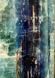 breathemystardust:    Macro of kyanite