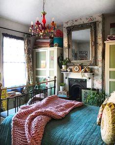 50107756 973661712824755 4294364559560384094 n 57 Bohemian Bedrooms Thatll Make You Want to Redecorate ASAP Romantic Bedroom Decor, Bohemian Bedroom Decor, Bedroom Vintage, Modern Bedroom, Modern Bohemian Bedrooms, Master Bedroom, Romantic Room, Contemporary Bedroom, Deco Boheme