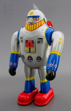 T-28 aka TETSUJIN 28 wind-up SUPER ROBOT tin toy by LUNZERLAND