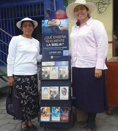 Guatemala - Public witnessing with #literature_cart