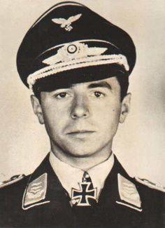 ✠ Reinhold Knacke (1 January 1919 – 3 February 1943) Shot down in aerial combat with a Halifax bomber. RK 01.07.1942 Oberleutnant Flugzeugführer i. d. 3./NJG 1 + 05.02.1943 [190. EL] Hauptmann Staffelkapitän 3./NJG 1