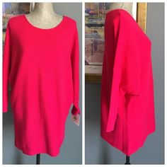 Ellen Tracy Pink Dolman Sleeved Sweater Beautiful comfy lighter weight sweater from Ellen Tracy .  Features dolman sleeves .  Made of 100% acrylic .  Machine washable . Ellen Tracy Sweaters Crew & Scoop Necks