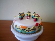 Cake with Minions
