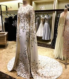 Have to visit the ralphandrusso salon bergdorfs Every piece is so special and gorgeous Evening Dresses, Prom Dresses, Wedding Dresses, Beautiful Gowns, Beautiful Outfits, Elegant Dresses, Pretty Dresses, Fantasy Dress, Luxury Dress