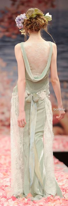 A different kind of wedding dress - Claire Pettibone: Venus