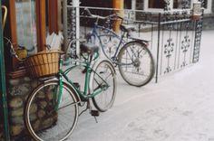 satansbaby:    bikes and snow